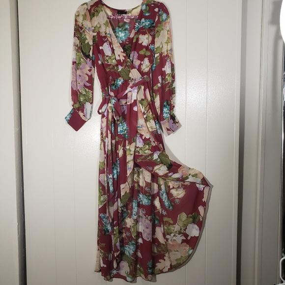 Miss Avenue Dresses & Skirts - MISS AVENUE Sheer Long Sleeve Maxi Boho Hi-Low Hem